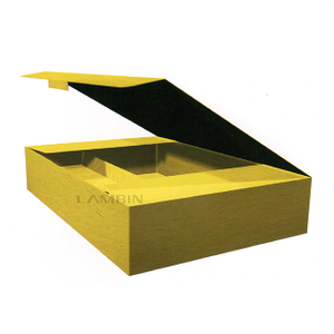 packaging box with divider